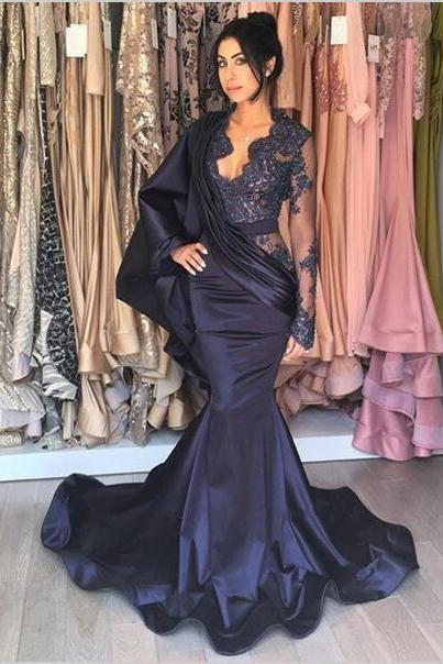 Side Illusion with Appliques Navy Blue Evening Party with Ruffles Pleated Kaftans Satin Formal Evening Dresses Runway Fashion Prom 2018