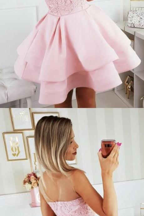 A-Line Round Neck Pink Homecoming Dress with Appliques